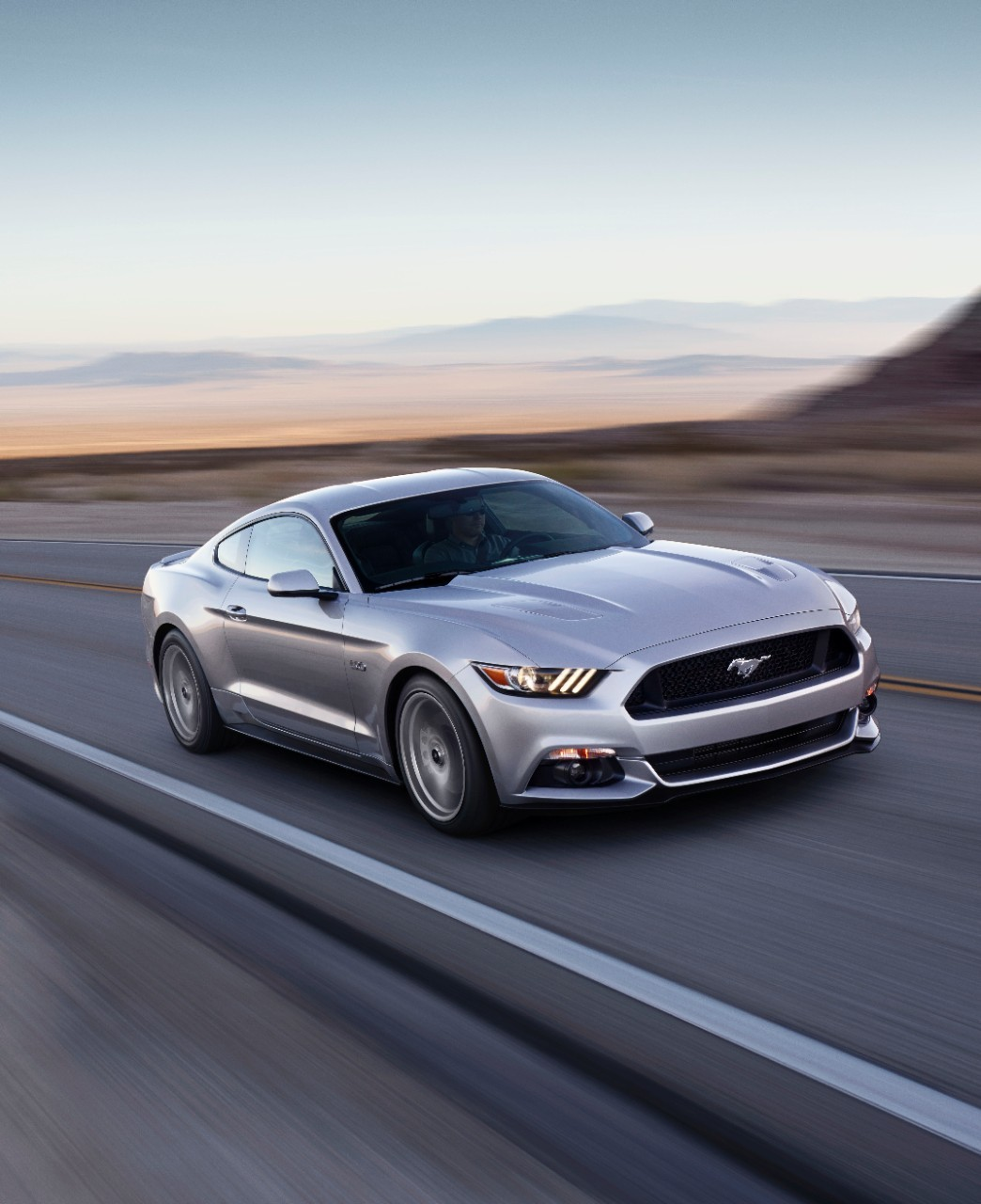 2015-ford-mustang-gt-09-1