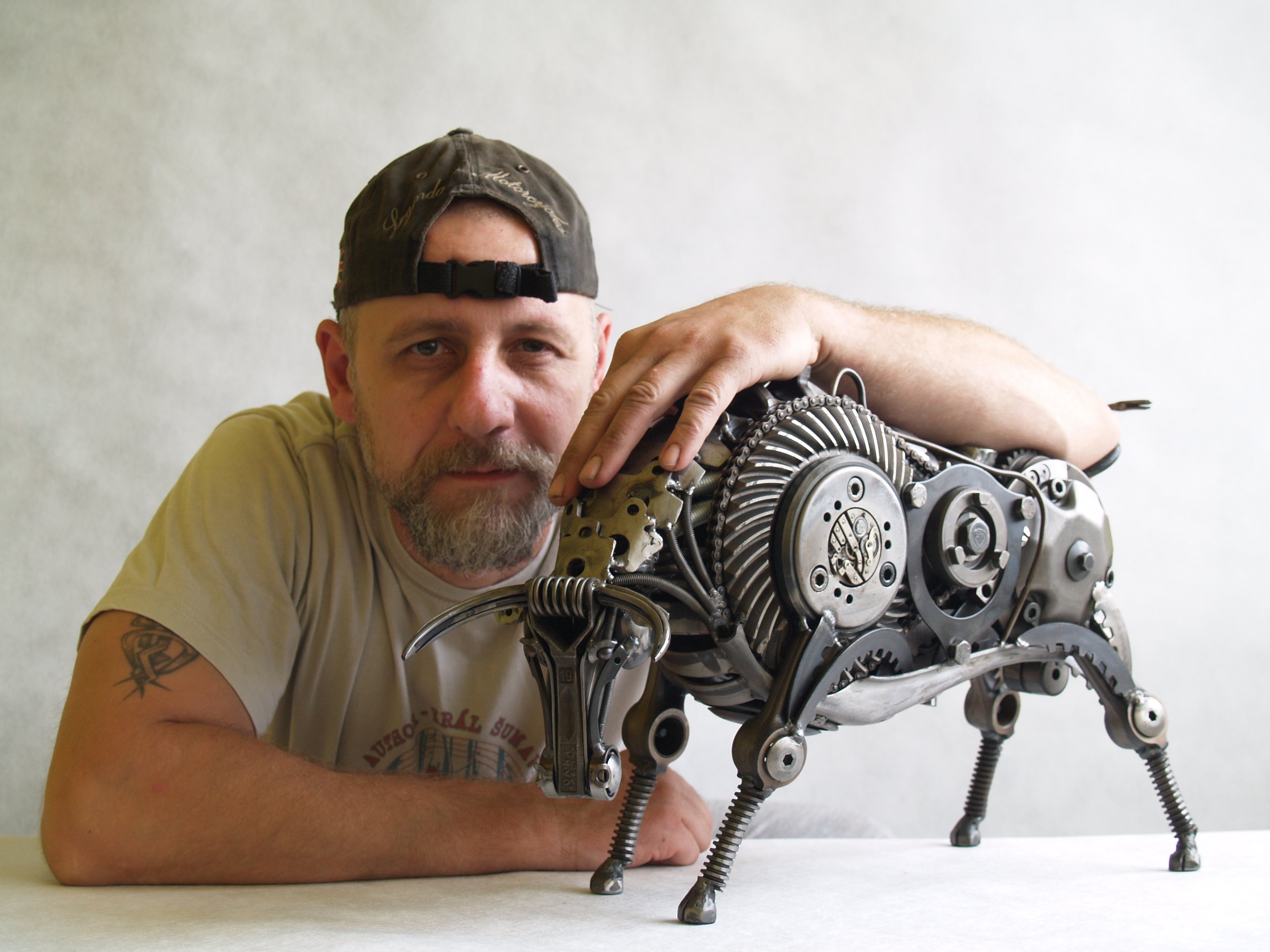 THE BULL sculpture made of scrap metal 1