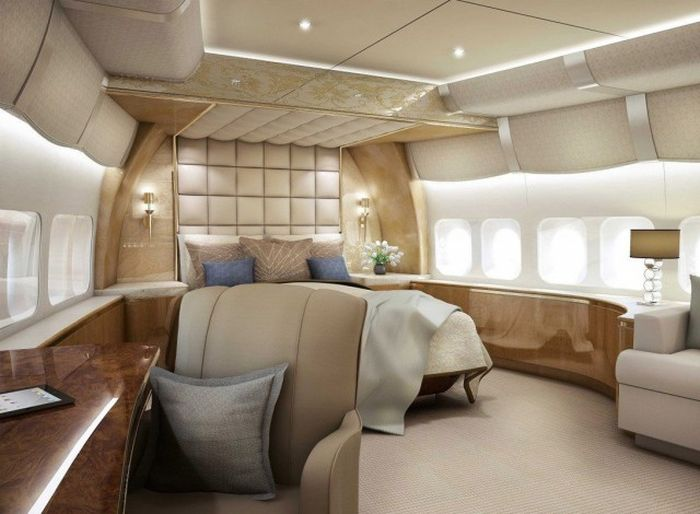 luxurious-boeign-747-8-vip-airplane-10