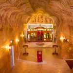 Coober Pedy: The underground city and a luxurious hotel