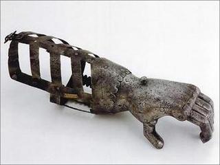 medieval-artificial-arm