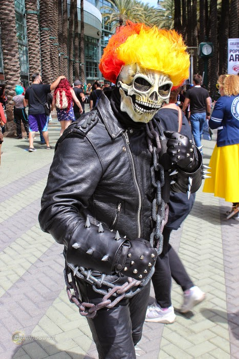 The Coolest Cosplay Costumes From WonderCon 2015  (15)