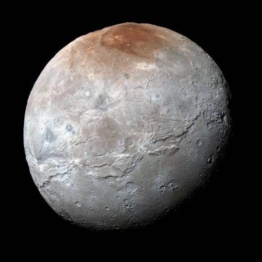 plutos moon charon