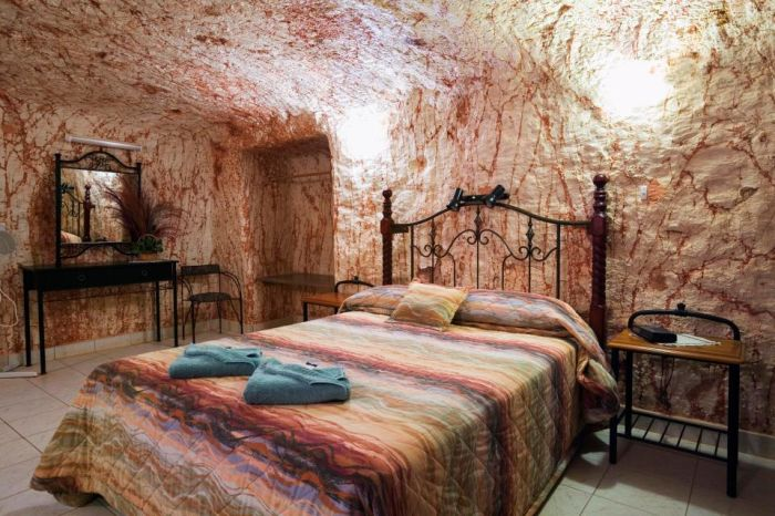 Coober Pedy The Underground City And A Luxurious Hotel